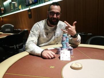 Τασος παρισης ποκερ